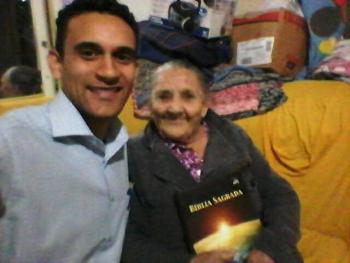 Dona Eufrosina Recebendo Visita do Obreiro em São José dos Campos - SP